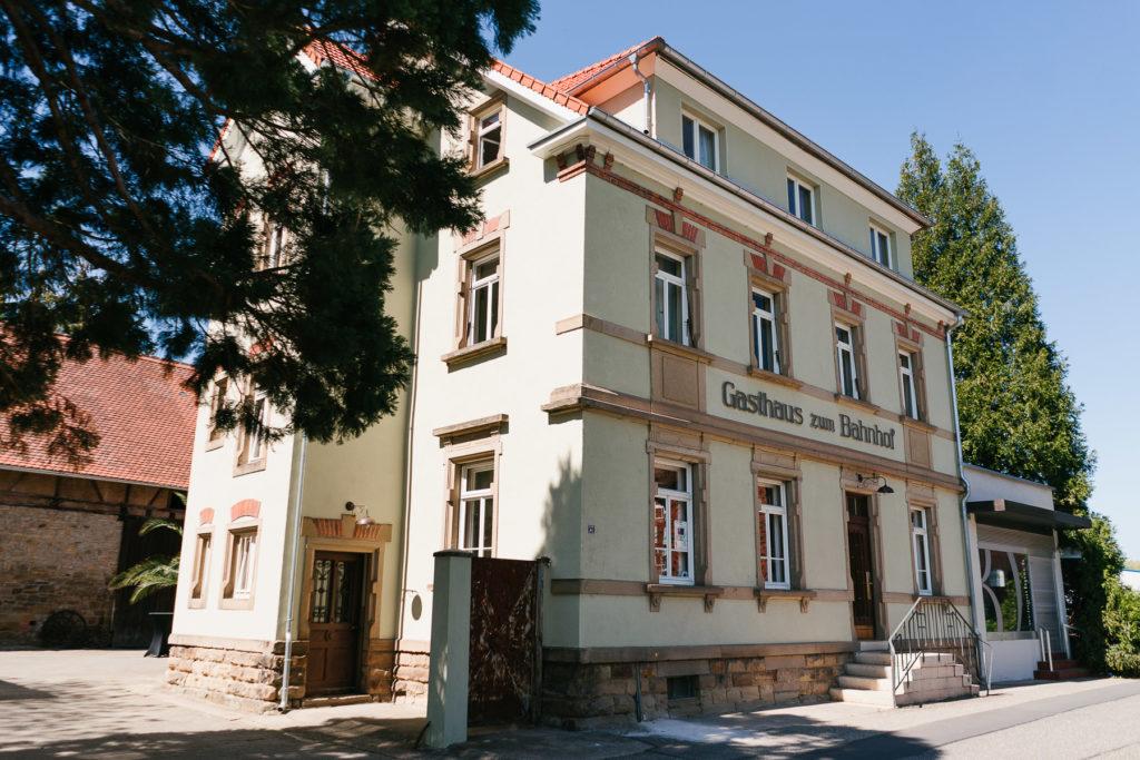Fassade Berthold 57 Gochsheim Stephanie Haller